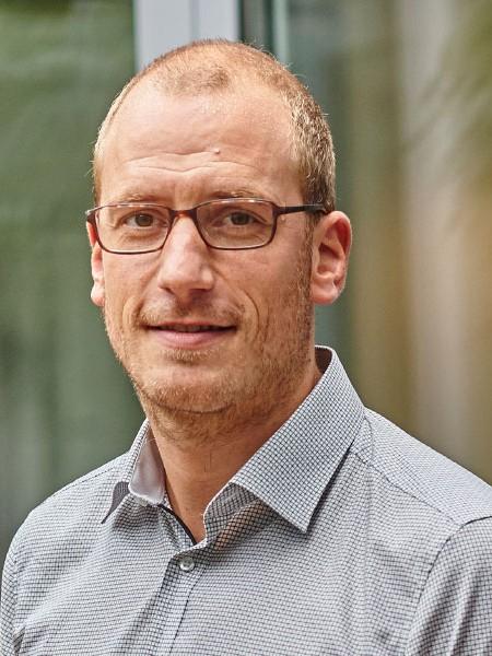 Henning Lührs arbeitet für die grewe-gruppe